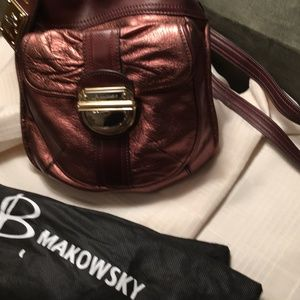 B. Makowsky All Leather 2 way crossbody bag